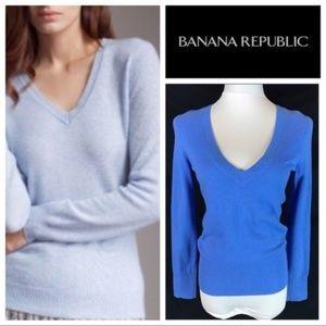 Banana Republic 100% Cashmere V-Neck Sweater